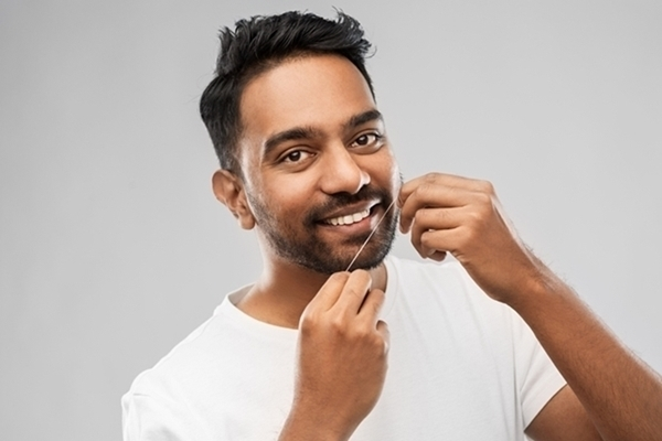 How To Floss Teeth?